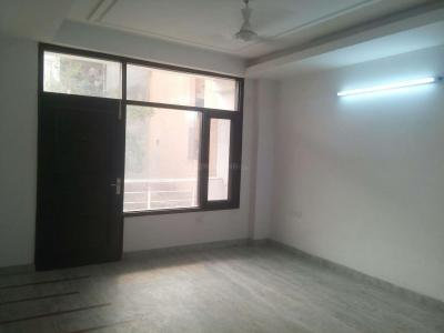 Gallery Cover Image of 1700 Sq.ft 3 BHK Apartment for rent in Garden Estate, Sector 22 Dwarka for 32000