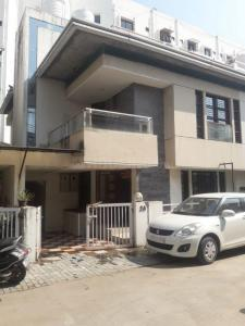 Gallery Cover Image of 1800 Sq.ft 3 BHK Independent House for rent in Harni for 23000