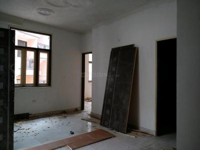 Gallery Cover Image of 900 Sq.ft 2 BHK Apartment for buy in Dayal Bagh Colony for 2200000