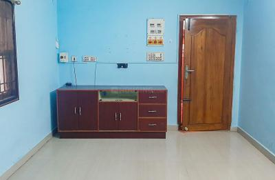 Gallery Cover Image of 963 Sq.ft 2 BHK Apartment for rent in Chromepet for 14000