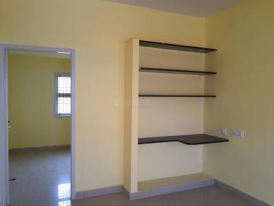 Gallery Cover Image of 600 Sq.ft 2 BHK Independent House for buy in Thiruthavali for 2400000