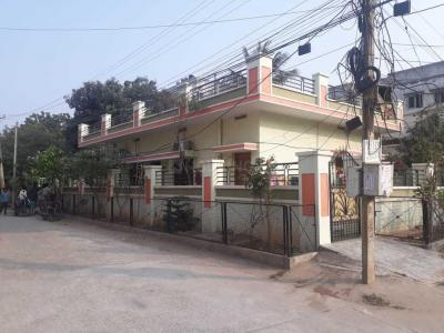 Gallery Cover Image of 1500 Sq.ft 2 BHK Independent House for rent in Kothapet for 16000