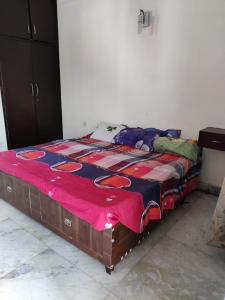 Gallery Cover Image of 1050 Sq.ft 1 BHK Independent House for rent in Sector 30 for 15000