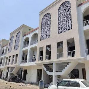 Gallery Cover Image of 1245 Sq.ft 3 BHK Apartment for buy in Shivalik Heights, Kharar for 3190000