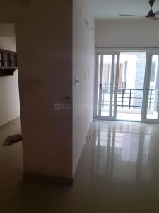 Gallery Cover Image of 1216 Sq.ft 2.5 BHK Apartment for rent in VGN Southern Avenue, Kattankulathur for 14500