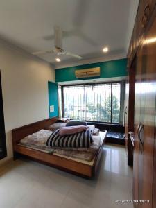 Gallery Cover Image of 1072 Sq.ft 2 BHK Apartment for buy in Mahalaxmi Heights, Mahalakshmi Nagar for 35000000