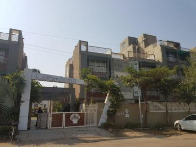 Gallery Cover Image of 2727 Sq.ft 4 BHK Apartment for buy in Thaltej for 28800000