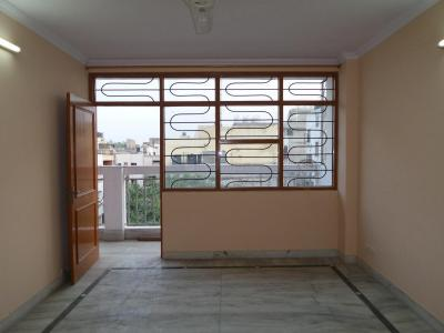 Gallery Cover Image of 1350 Sq.ft 3 BHK Independent Floor for buy in Arjun Nagar for 13500000