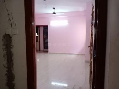 Gallery Cover Image of 1300 Sq.ft 3 BHK Apartment for rent in Velachery for 21000