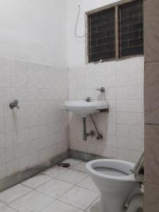 Bathroom Image of N.q PG in Begumpur