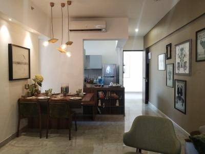 Gallery Cover Image of 1000 Sq.ft 2 BHK Apartment for buy in Mulund West for 21200000
