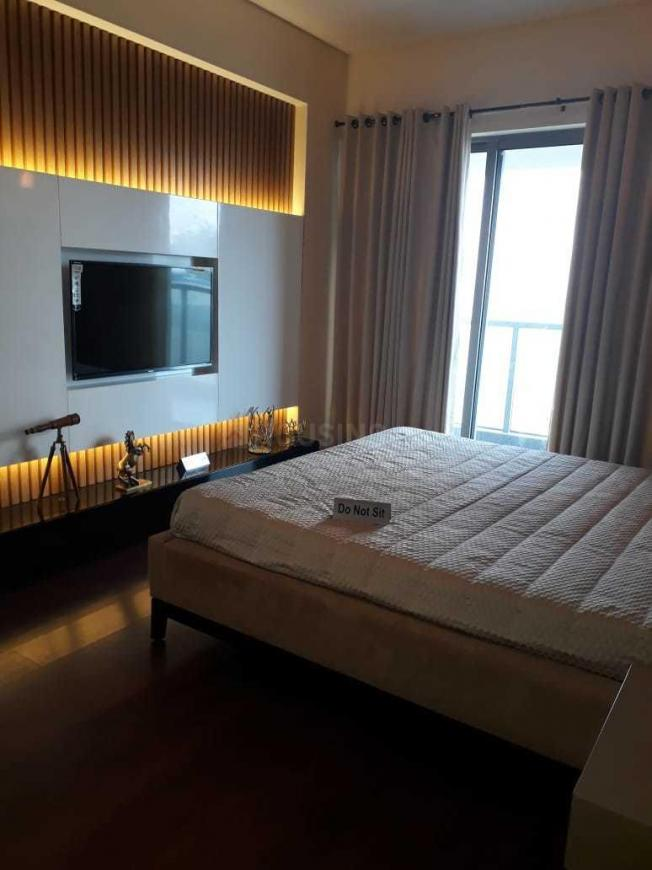 Bedroom Image of 1760 Sq.ft 3 BHK Apartment for buy in Sector 106 for 9500000