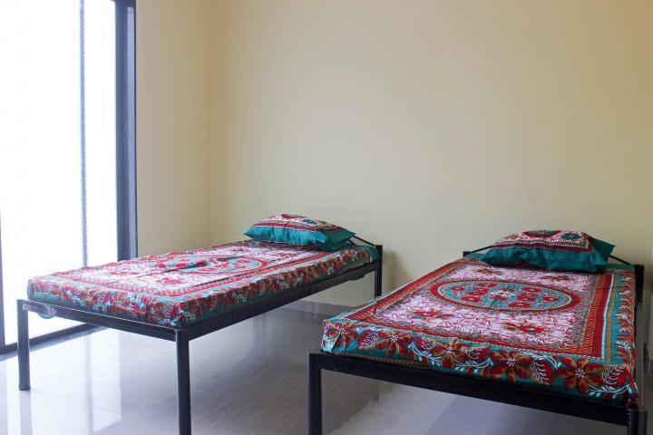 हडपसर में 1बी प्रोग्रेसिव मॉडल कॉलोनी के बेडरूम की तस्वीर