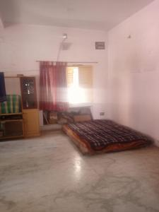 Gallery Cover Image of 2500 Sq.ft 6 BHK Independent House for buy in Kasba for 14000000