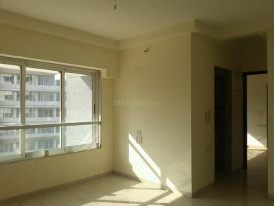 Gallery Cover Image of 665 Sq.ft 1 BHK Apartment for buy in Srishti Solitaire, Bhandup West for 10500000