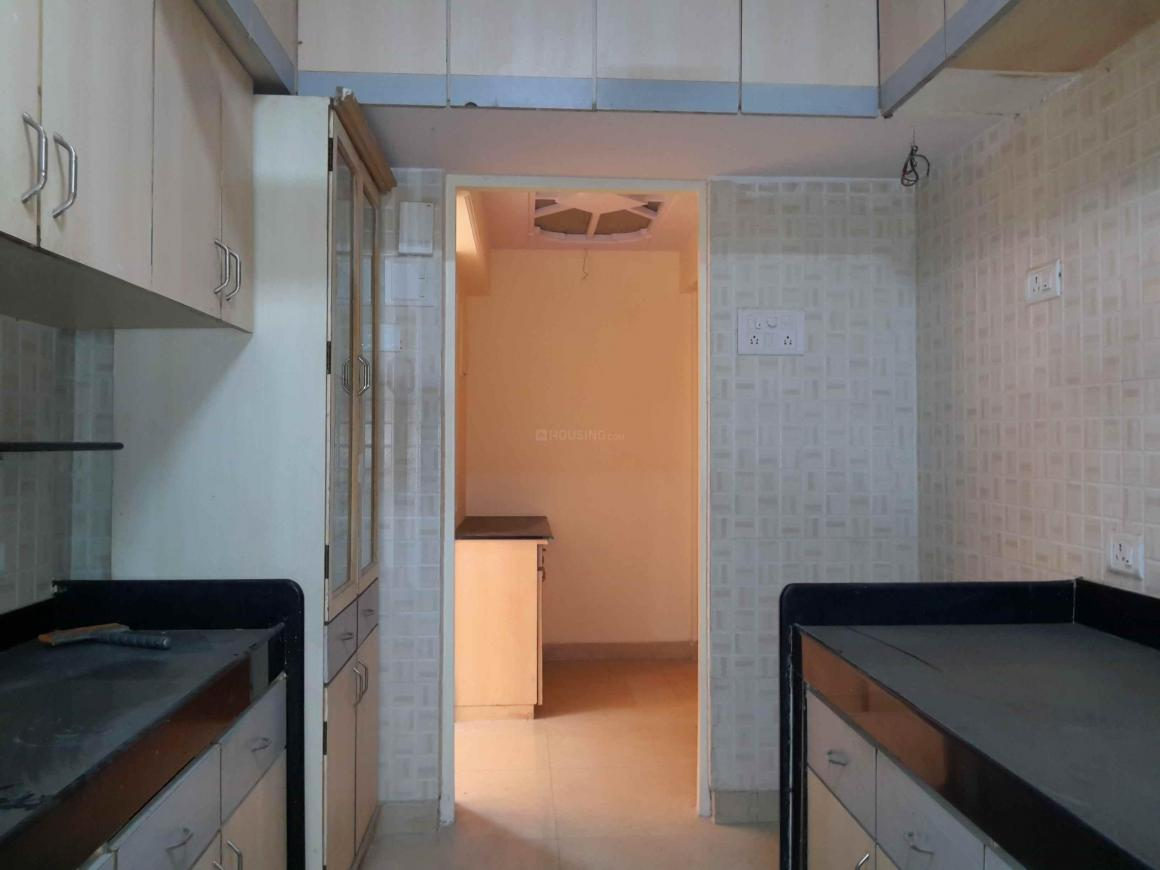 Kitchen Image of 2000 Sq.ft 4 BHK Apartment for rent in Kurla West for 75000