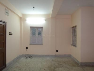 Gallery Cover Image of 800 Sq.ft 2 BHK Apartment for rent in Santoshpur for 8500