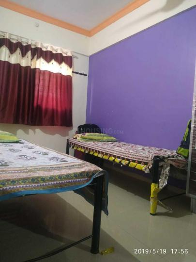 महपे में शिवम पीजी के बेडरूम की तस्वीर