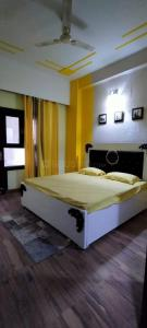 Gallery Cover Image of 915 Sq.ft 2 BHK Apartment for rent in Panchsheel Greens, Noida Extension for 9500