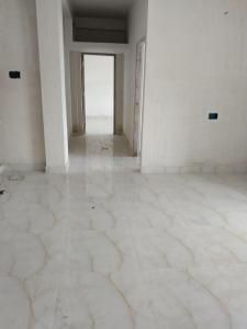 Gallery Cover Image of 1250 Sq.ft 2 BHK Apartment for buy in Thakurpukur for 4100000