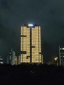 Gallery Cover Image of 661 Sq.ft 2 BHK Apartment for buy in Thane West for 11000000