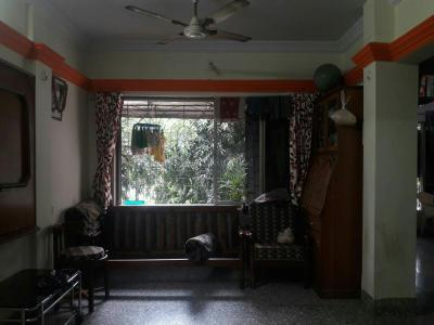 Gallery Cover Image of 550 Sq.ft 2 BHK Apartment for rent in Dahisar West for 20000