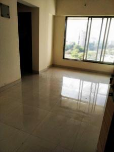 Gallery Cover Image of 340 Sq.ft 1 BHK Apartment for rent in Malad West for 15000