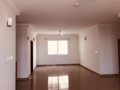 Gallery Cover Image of 2400 Sq.ft 4 BHK Apartment for rent in Harlur for 52000