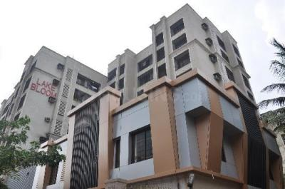 Gallery Cover Image of 1000 Sq.ft 2 BHK Apartment for rent in Andheri East for 44000