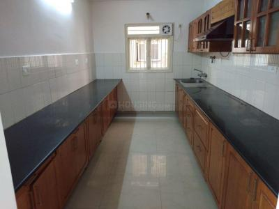 Gallery Cover Image of 1250 Sq.ft 2 BHK Apartment for rent in Porur for 24000