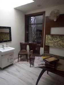 Gallery Cover Image of 750 Sq.ft 1 BHK Independent House for buy in Indira Nagar for 2200000