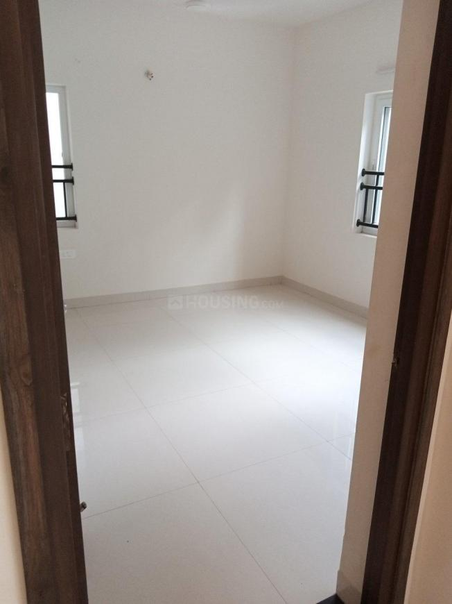 Living Room Image of 1700 Sq.ft 3 BHK Apartment for buy in Thousand Lights for 30000000