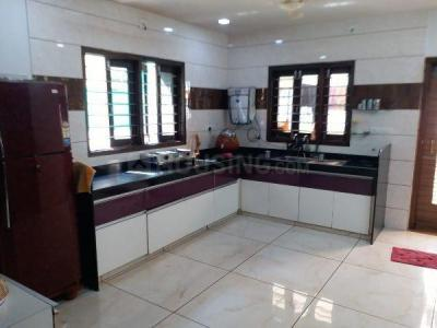 Gallery Cover Image of 4000 Sq.ft 6 BHK Independent House for buy in Thaltej for 30000000