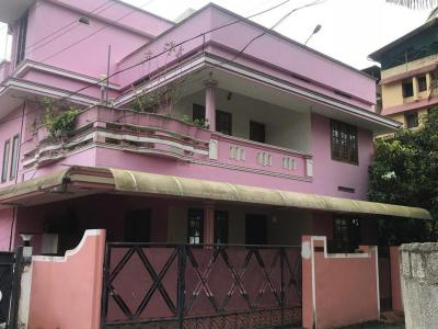 Gallery Cover Image of 2500 Sq.ft 5 BHK Independent House for buy in Poojapura for 12500000
