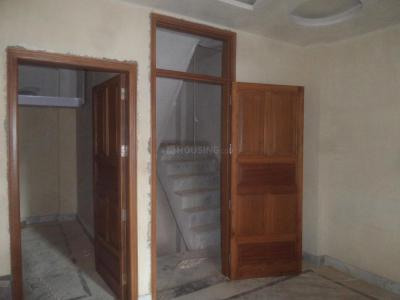Gallery Cover Image of 650 Sq.ft 2 BHK Independent Floor for rent in Mahavir Enclave for 12000
