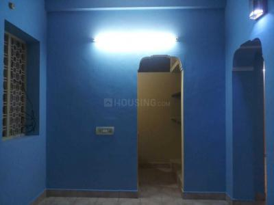Gallery Cover Image of 720 Sq.ft 2 BHK Independent House for rent in Manapakkam for 12000