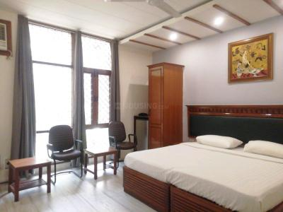 Gallery Cover Image of 280 Sq.ft 1 RK Apartment for rent in Kalkaji for 15000