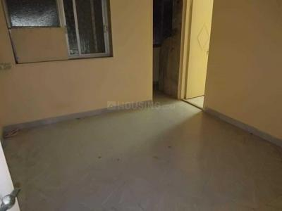 Gallery Cover Image of 600 Sq.ft 1 BHK Apartment for rent in Khar West for 30000