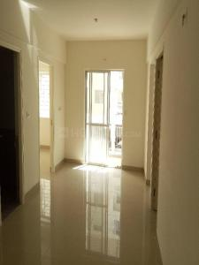 Gallery Cover Image of 1000 Sq.ft 3 BHK Apartment for rent in Electronic City for 20000