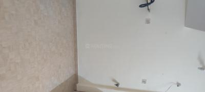 Gallery Cover Image of 300 Sq.ft 1 RK Apartment for rent in Dheeraj Sagar, Malad West for 16000