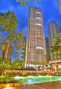 Gallery Cover Image of 1800 Sq.ft 3 BHK Apartment for buy in Indiabulls Greens, Kon for 9200000