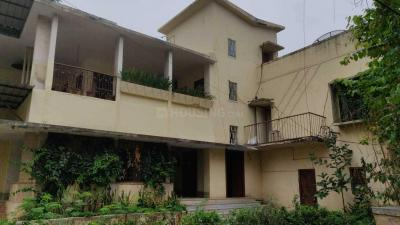 Gallery Cover Image of 3600 Sq.ft 3 BHK Independent Floor for rent in Sri Nagar Colony for 45000