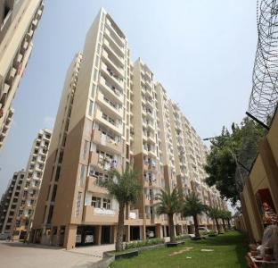 Gallery Cover Image of 1655 Sq.ft 3 BHK Apartment for rent in Bhopura for 8500