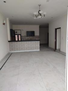 Gallery Cover Image of 5000 Sq.ft 3 BHK Independent House for buy in Sushant Lok I for 40000000