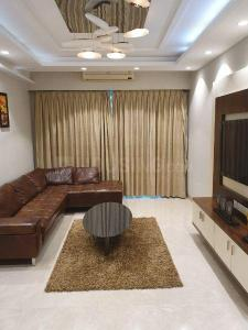 Gallery Cover Image of 2350 Sq.ft 3 BHK Apartment for buy in Andheri West for 65000000