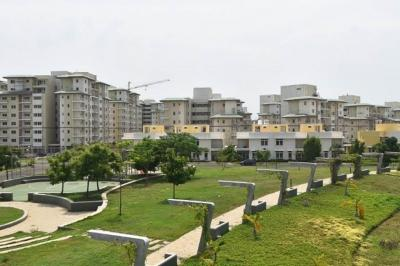 Gallery Cover Image of 1800 Sq.ft 3 BHK Apartment for buy in Mahindra Aqualily Villa, Mahindra World City for 6500000