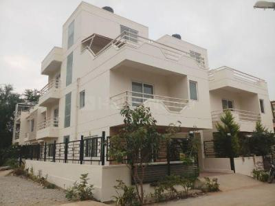 Gallery Cover Image of 3200 Sq.ft 3 BHK Villa for buy in Hennur Main Road for 15500000