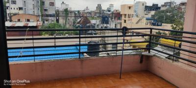 Balcony Image of 725 Sq.ft 1 BHK Apartment for buy in Omkar Niwas, Shukrawar Peth for 7000000