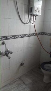 Common Bathroom Image of 650 Sq.ft 1 BHK Apartment for buy in Mahalaxmi Vihar, Vishrantwadi for 4500000