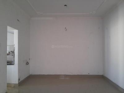 Gallery Cover Image of 930 Sq.ft 2 BHK Apartment for rent in Maduravoyal for 17000